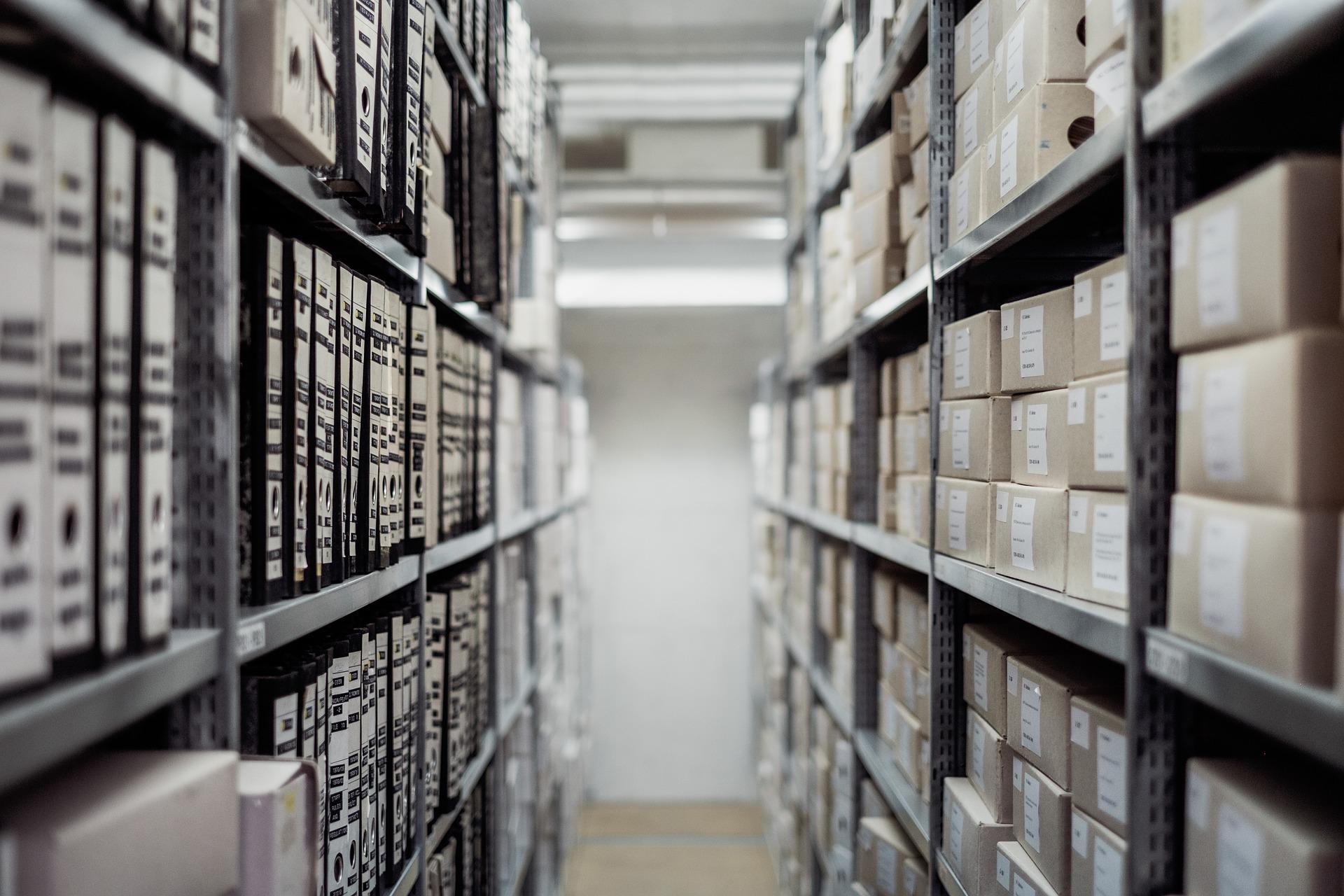 La consultation des archives du CE